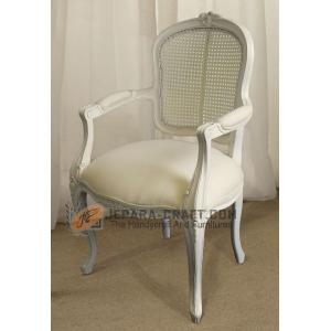 la29-kursi-rococo-putih
